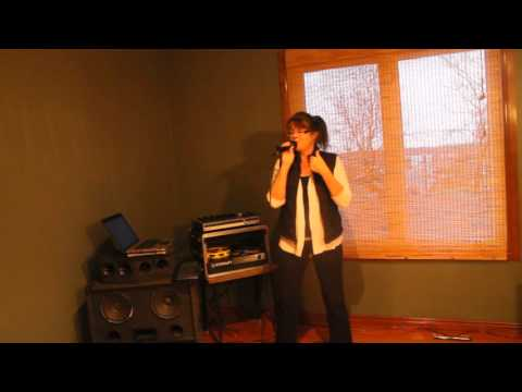 KARAOKE LISA- Bobby McGee take one November 12, 2015 001