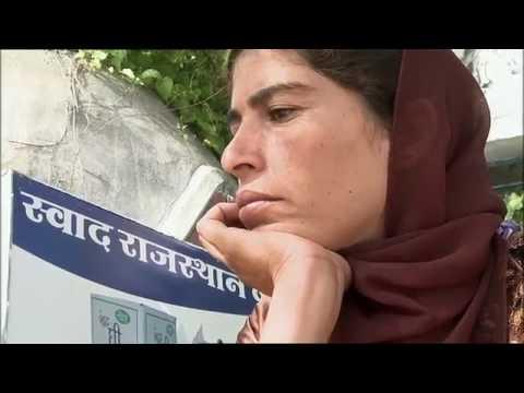 National Poor Documentary - Solar Mamas Why Poverty Italian