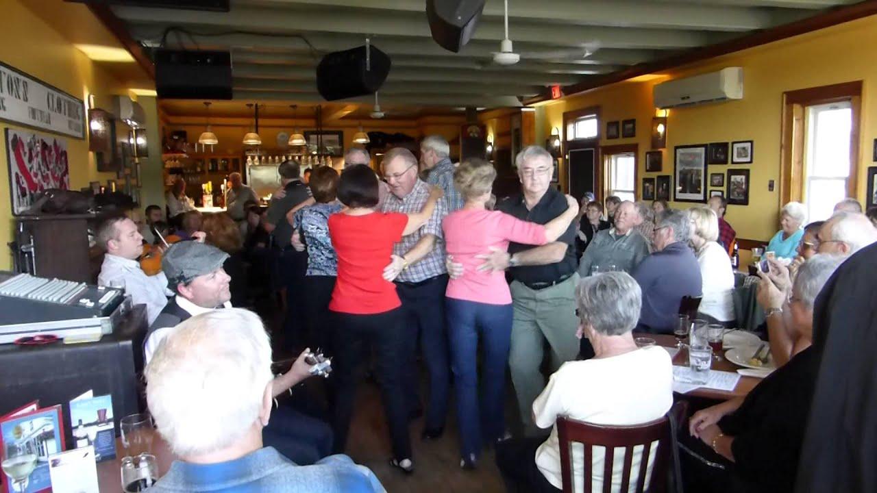 Red Shoe Pub - Mabou, Cape Breton - YouTube