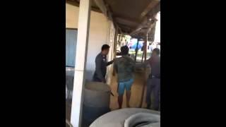 Repeat youtube video วิ่งไล่จับโจรข่มขืนพี่สาว ในเขต มมส. กลางวันแสกๆ หอพักนอกหญิง แถววัดป่ากู่แก้ว จ.มหาสารคาม