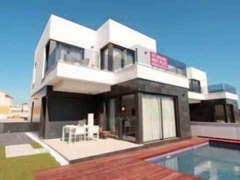Grande maison lumineuse avec piscine toit plat une for Toit de piscine