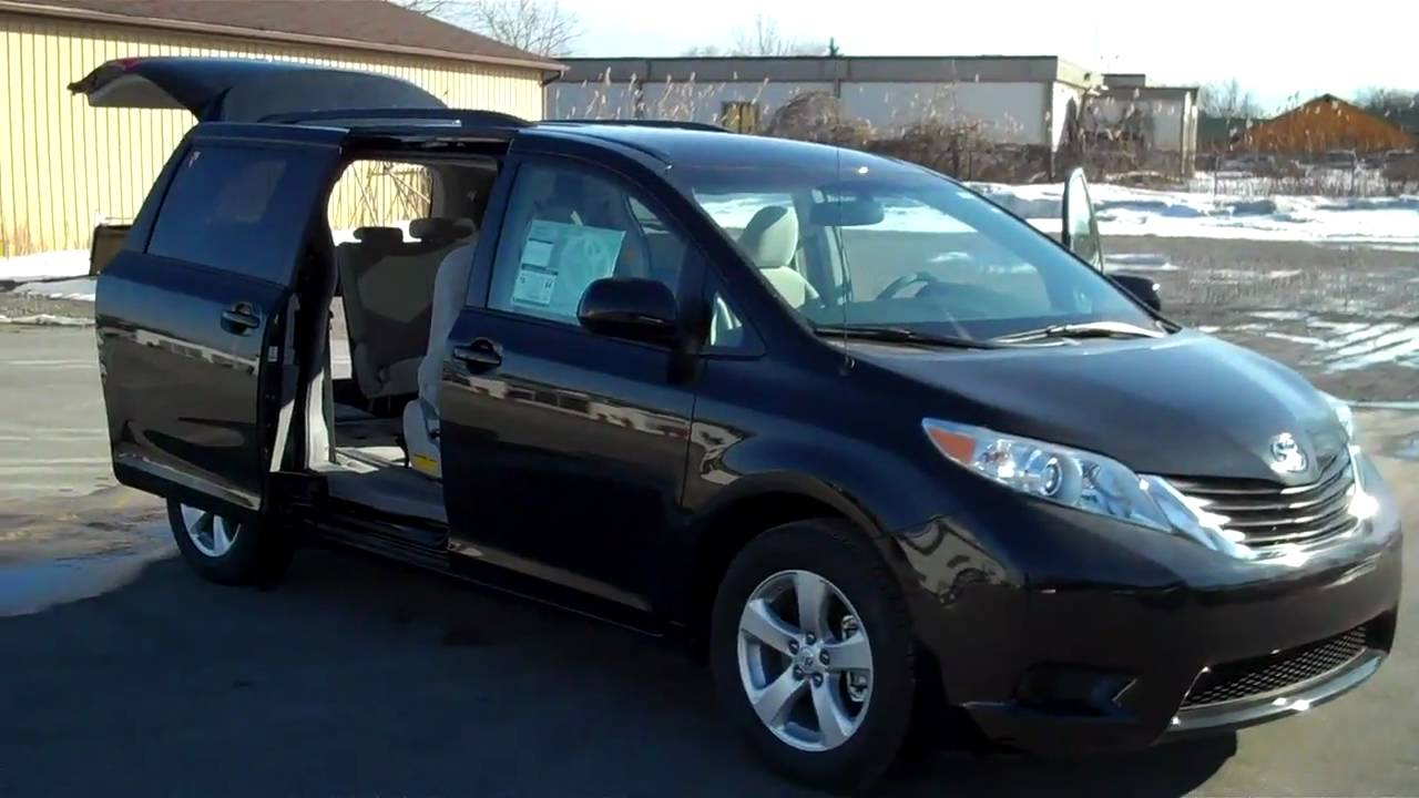 2011 toyota sienna le at labadie toyota scion bay city mi. Black Bedroom Furniture Sets. Home Design Ideas