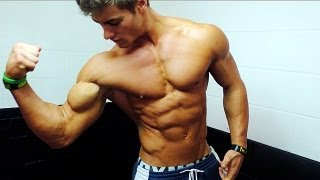Crazy Ripped Teenager Flexing Abs and Muscles ft. Jeff Seid