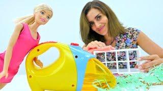 Lustige Schule:  Hausputz bei Barbie! Video für Kinder