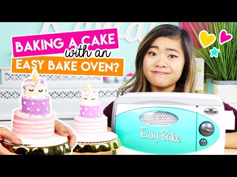 Baking A Mini Unicorn Cake In An EASY BAKE OVEN!! 💖