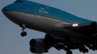 KLM 747-400 [PH-BFO] Landing in Toronto on RWY 05