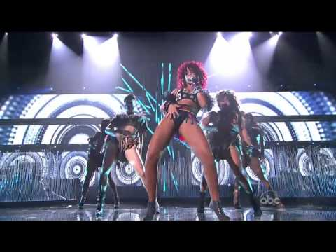 Rihanna What's My Name + Only Girl In The World ~American Music Awards 2010~