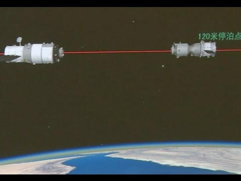 Astronauts Enter Re-entry Module to Prepare for Return to Earth
