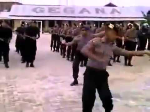 goyang dumang versi Army
