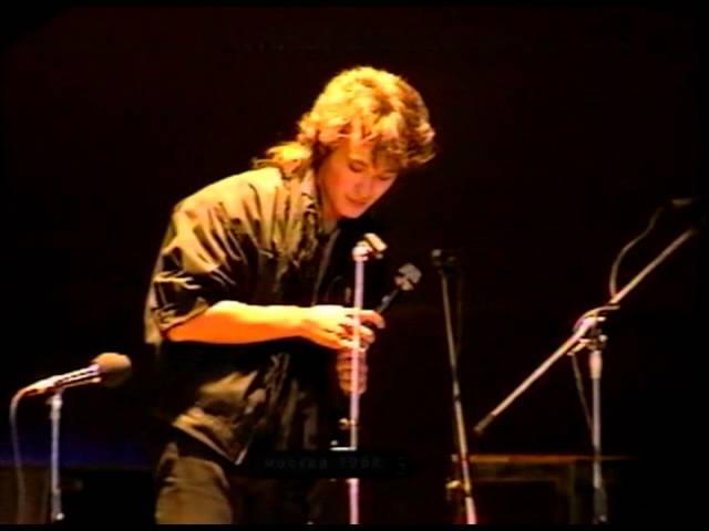 Виктор Цой — Концерт памяти Башлачёва (1 из 7)