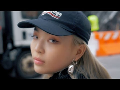 VAVA - China's Top Female Rapper in New York City