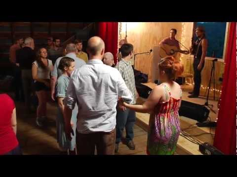 Square dance - Chase the Rabbit (teaching) - Bill Ohse
