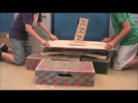 Toothpick Tower Earthquake Project - 178 lbs! Springvalley Middle School Section 7-6 Part 2