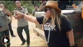 Aksi Siti Kasim dihalang masuk, bertekak dengan pegawai Jabata…