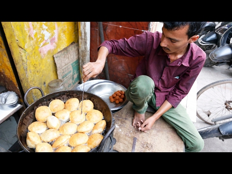 Thumbnail: Flew To India Last Minute! Street Food! Indian Food!! Curry!