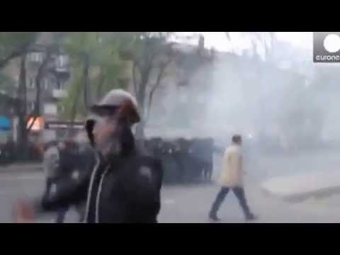Donetsk collision during the march for the unity of Ukraine
