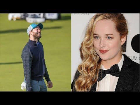 Jamie Dornan makes Surprised Dakota Johnson 🖐️🖐️🖐️