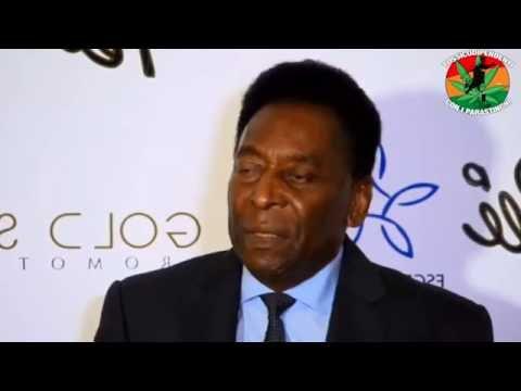 Pelé ci rivela chi è più forte tra Messi e Ronaldo #doppiaggicoatti