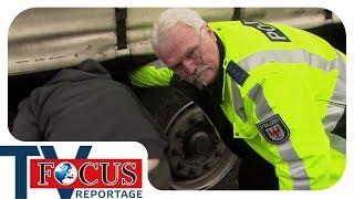 Schrott-LKW auf der A12: Die Schwerlastkontrolleure - Focus TV Reportage