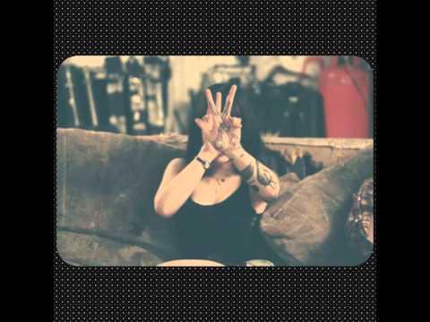 Deathbeds - Bring Me The Horizon w/ Hannah Snowdon