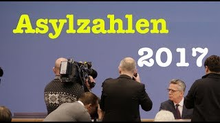 Thomas de Maizière präsentiert die Asylzahlen 2017 - BPK vom 16. Januar 2018