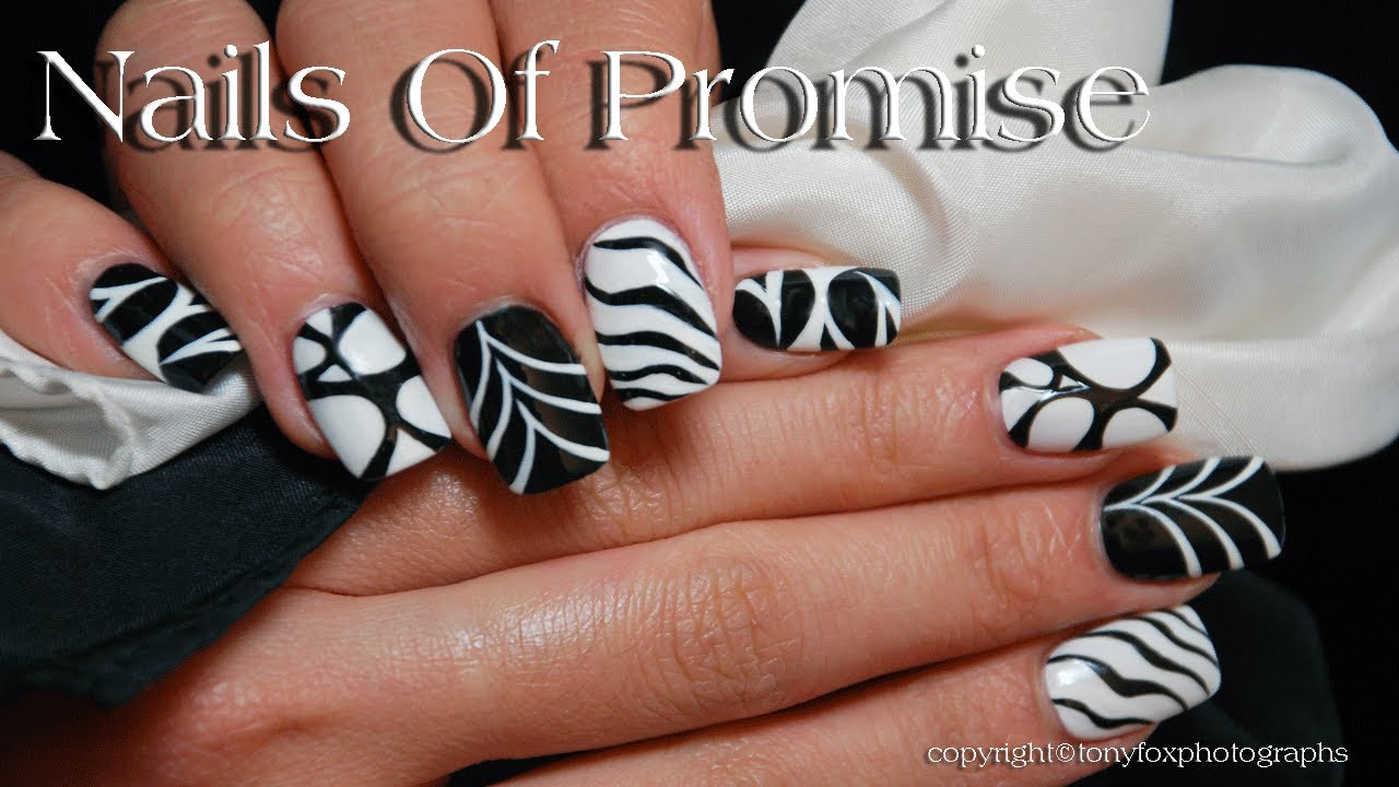 Black white chic live nail art tutorial youtube prinsesfo Choice Image