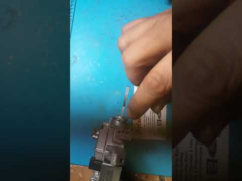 Honda key stuck ignition fix roll pin issue repair in Canada windsor