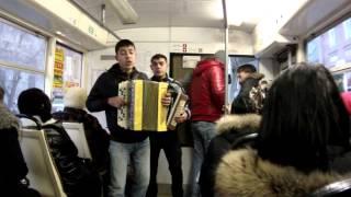 25 цыгане поют в трамвае(, 2013-02-15T08:03:45.000Z)