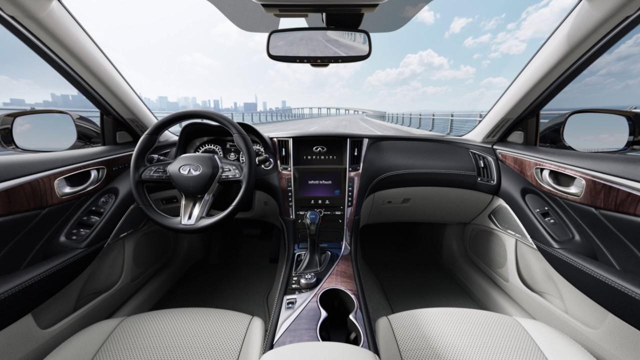 2018 Infiniti Q50 Vehicle Information Display