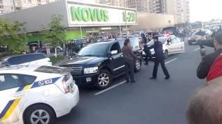 Полиция Киев Позняки Новус 2016 04 27
