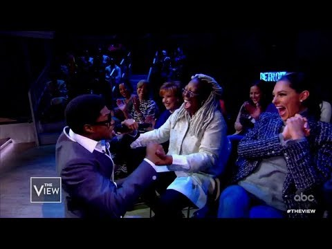 "Cast of Broadway's ""Ain't Too Proud"" Perform 