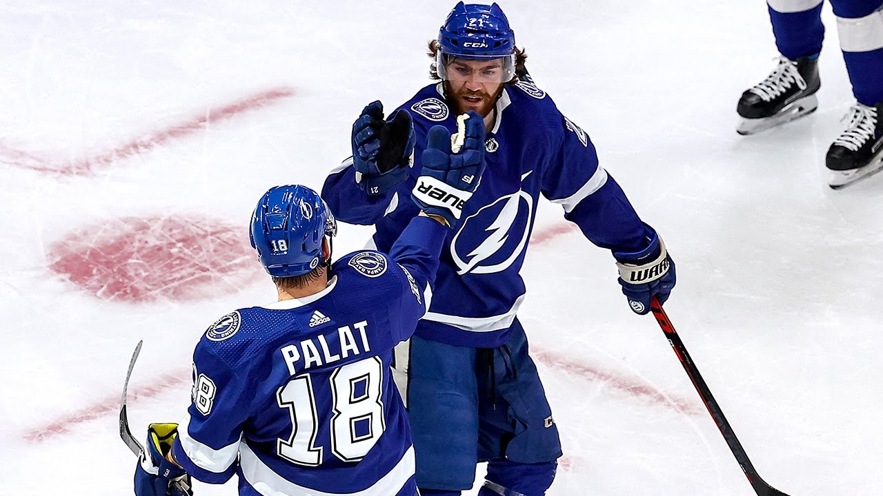 Lightning strike for three 1st-period goals
