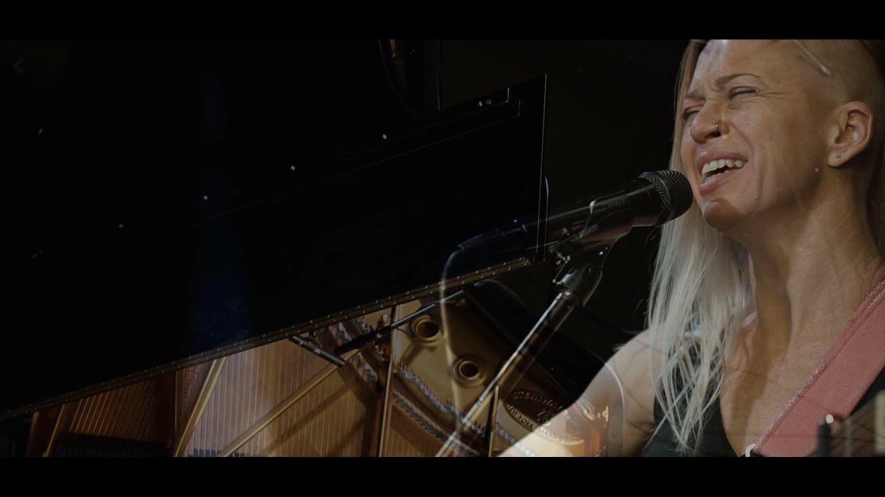 "Lacy Saunders & Greg Zink - ""Dreams"" (Fleetwood Mac cover)"