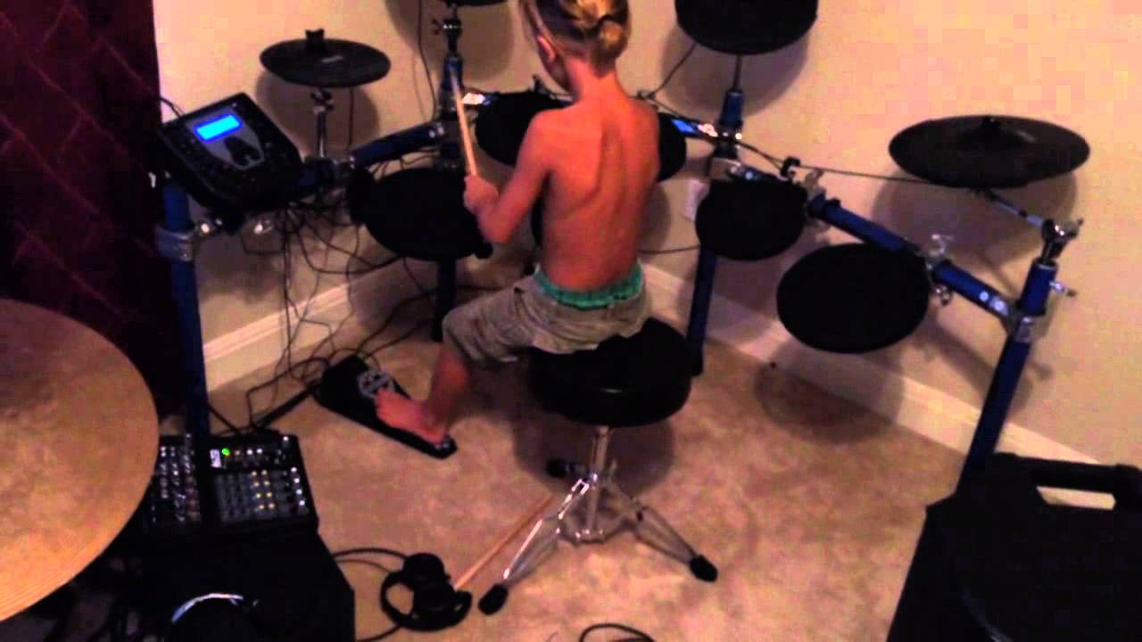 Izzy Playing His Simmons Sd1000 Electronic Kit Youtube