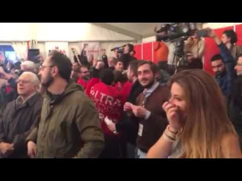Emotional Bella Ciao at Syriza Celebration | 25 Jan 2015