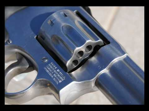 Smith & Wesson Model 617  22 LR Revolver - Slideshow