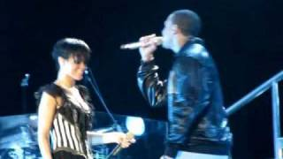 "HD Rihanna & Chris Brown in Taguig ""Umbrella/Cinderella"""
