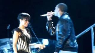 "HD Rihanna & Chris Brown in Taguig ""Umbrella/Cinderella"""
