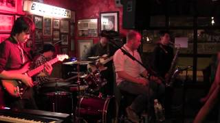 Brick House - Jake Heady & the Crash Land Band @ Billy Goodes
