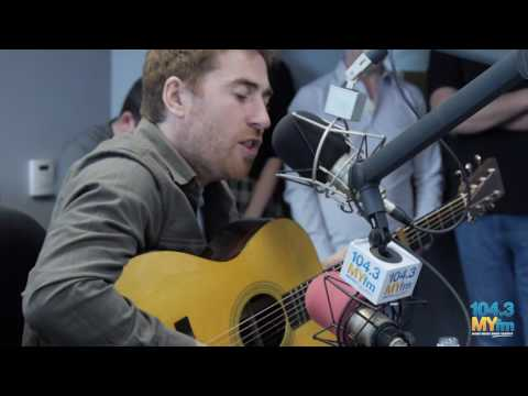 Jamie Lawson performs Wasn't Expecting That at 104.3 MY FM