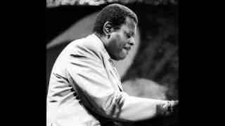 Oscar Peterson - At Long Last Love