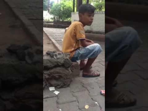 Sokak çocuğundan yanık bir sesle (Zor kirvem zor,sevip sevip ayrı kalmak)