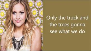 Watch Kelsea Ballerini Looking At Stars video