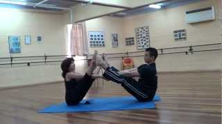 Растяжка для пары Stretching for couples מתיחה לזוגות