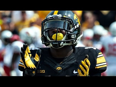"Iowa Hawkeyes Football Pump-Up 2016-17 - ""Black and Yellow"" ᴴᴰ"