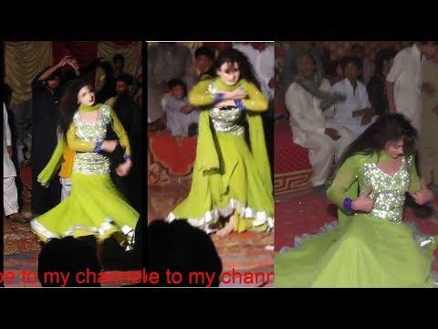 Daso Aj Milso Ya Kal Milso || Sajni Khan Shadi Mujra Dance