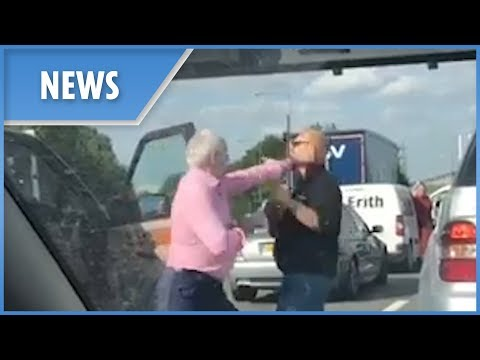 M25 road rage: middle-aged drivers trade blows