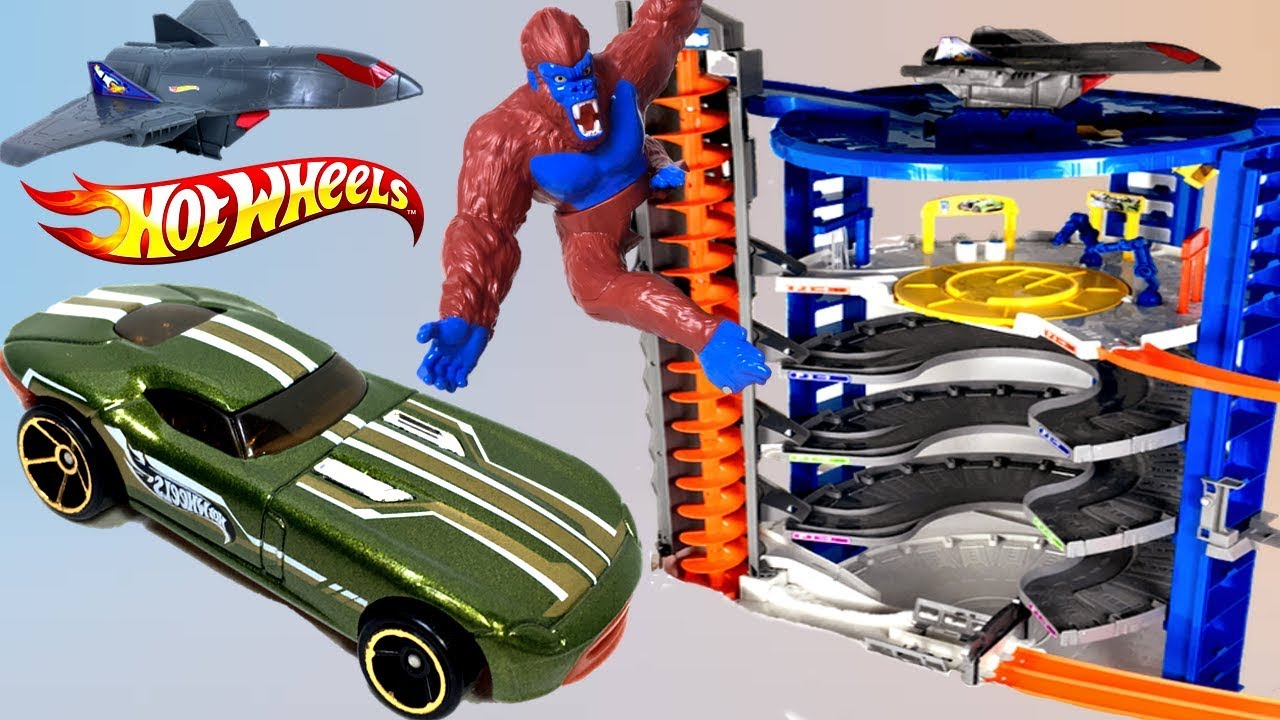 Hot wheels super ultimage garage motorizado con rampa en - Avion hot wheels ...