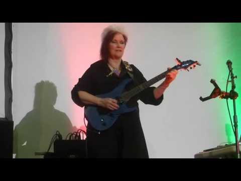 Jennifer Batten - guitar players tribute & Beat it solo Ciudad de México