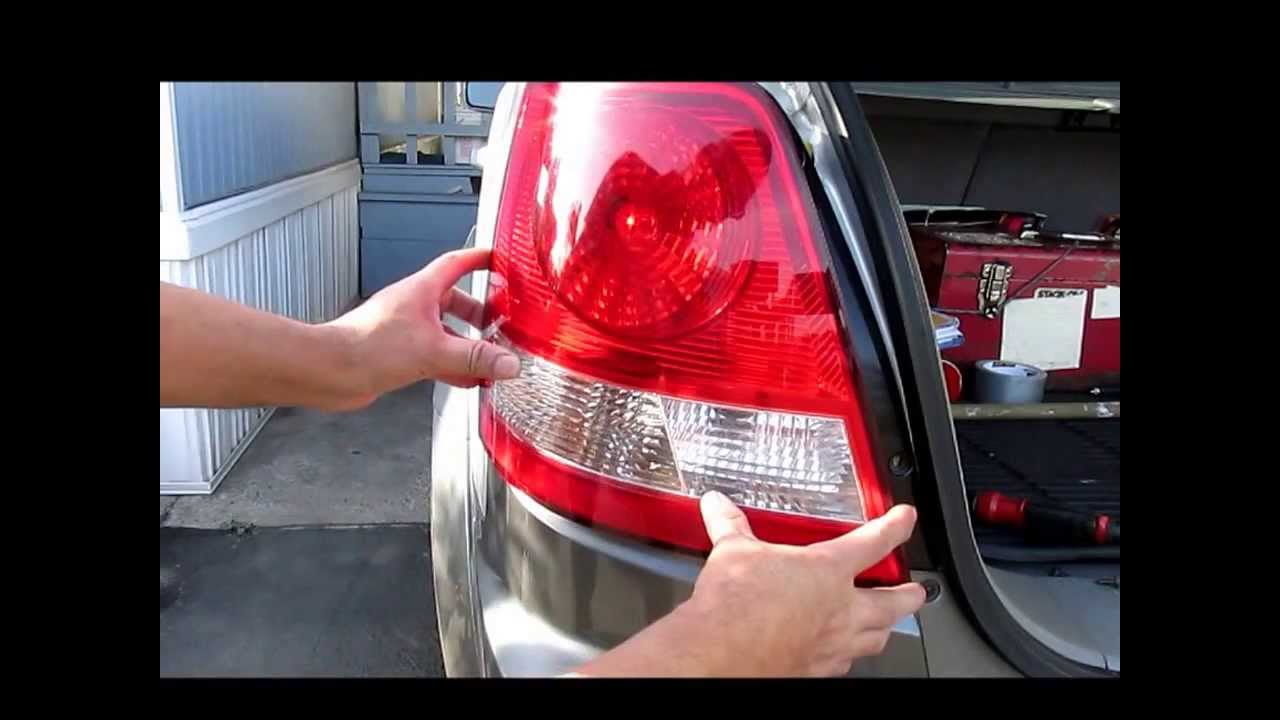 Kia sorento ex20005 como remplazar el foco de los frenos - Foco led interior ...